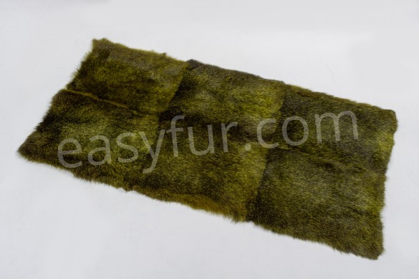 Dark Rabbit Fur Plate Green